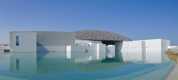 Tag 9 – Abu Dhabi: Kunst undKuppel